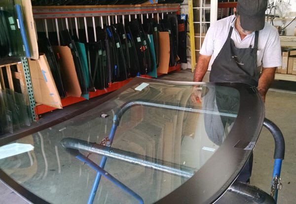 Windshield Replacement Services Temecula